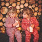 petites filles en pyjama